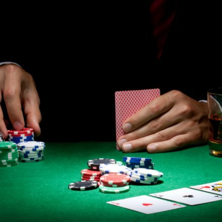 Internet Poker Play Basics – Steps to make a first deposit In an Internet Poker Room?