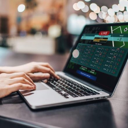 Benefits Of Online Betting (먹튀검증)