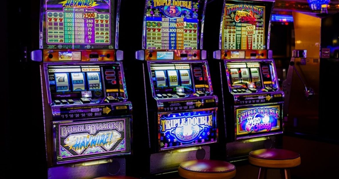 Some vital tips to win slots online