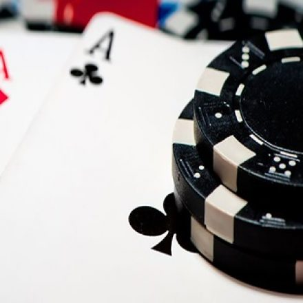 Hiding And Revealing In Poker Games
